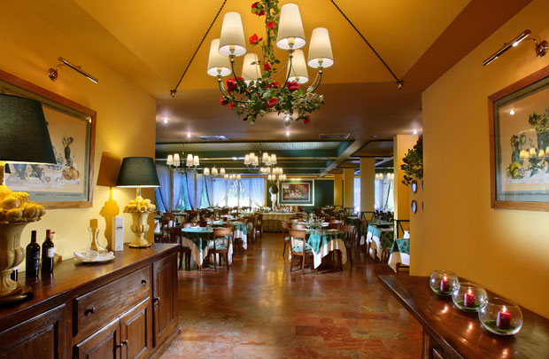 Hotel Adua 4 Stelle A Montecatini Terme  Toscana